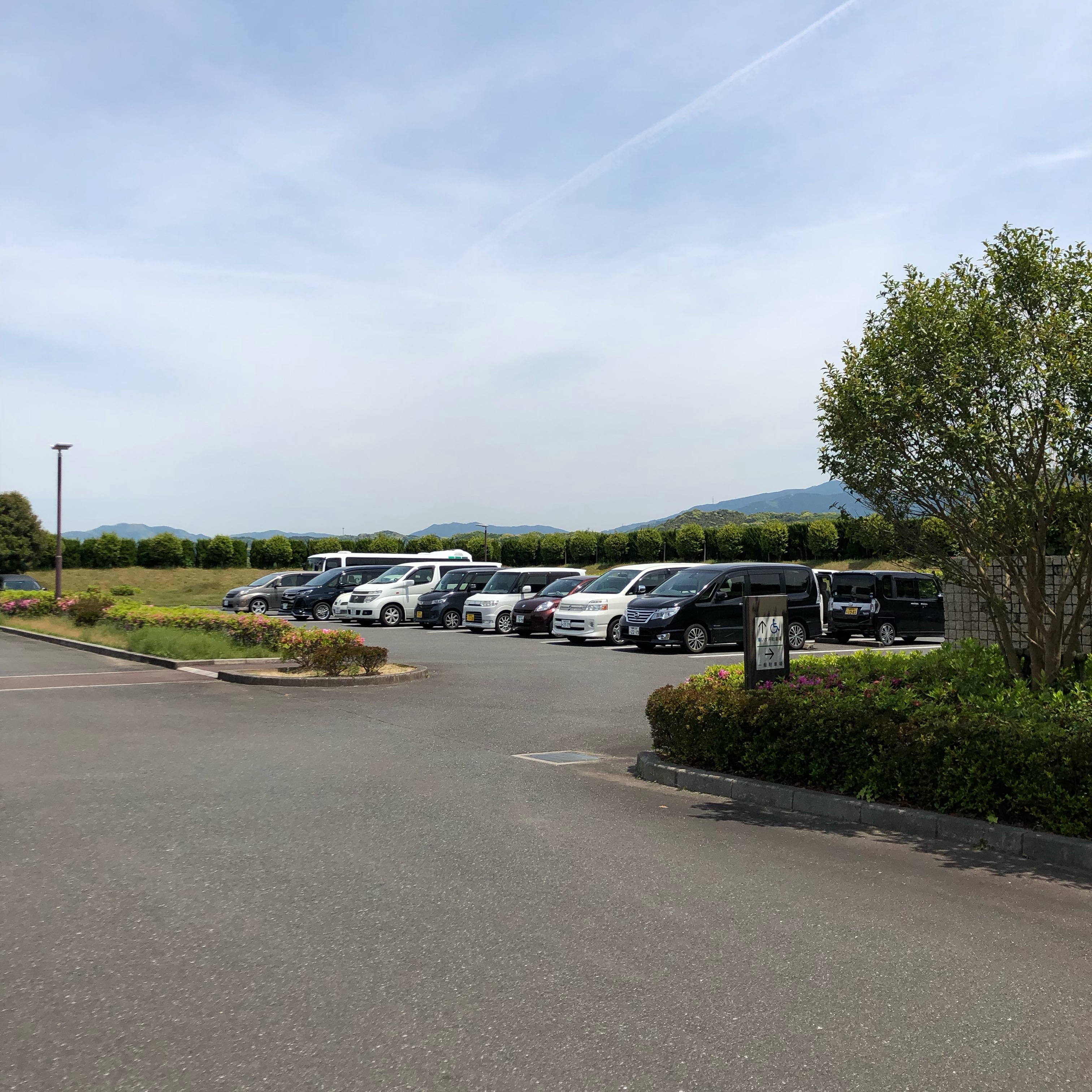 糸島市斎場駐車場